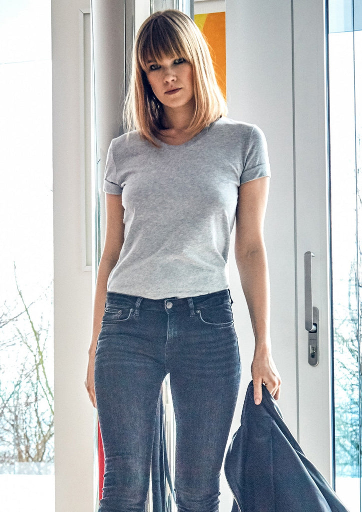 GREY COTTON V-NECK