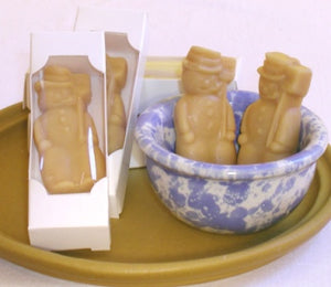 Snowman-shaped Vermont maple candy Christmas candy gifts.