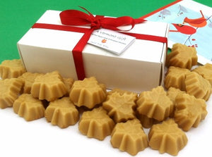 Maple leaf candies and gift box