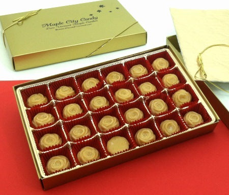 Maple sugar candy rose gift box