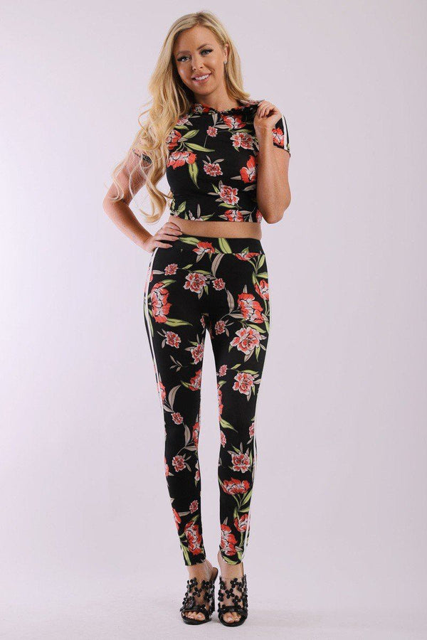 Floral Print And Striped Side Contrast 2 Pieces Set Includes A Hooded Cropped Top With Short Sleeves And A High Waist Full Leggings - Elite5999.com