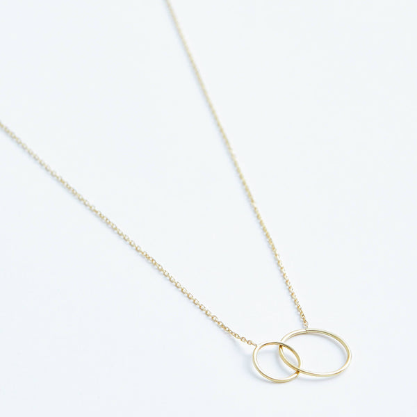 Double Circle Necklace in Solid 14k Gold | Stephanie Grace Jewellery