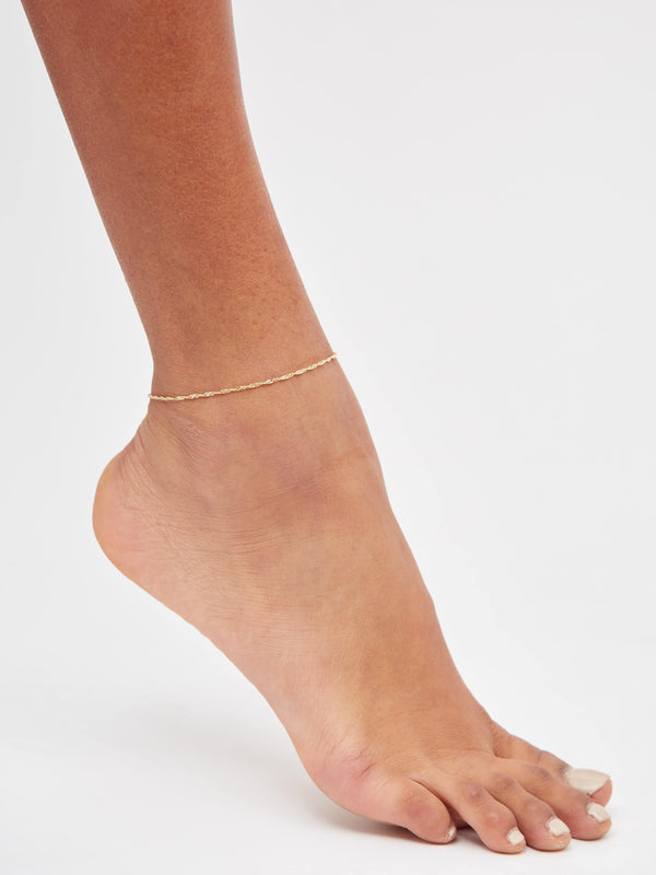 Twist Chain Anklet in Solid 14k Gold | Stephanie Grace Jewellery