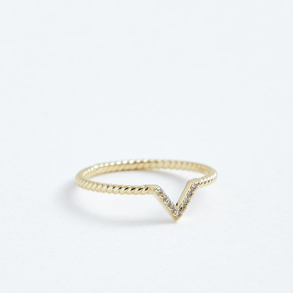 V Twist Ring - Solid 14k Gold - Stephanie Grace Jewellery