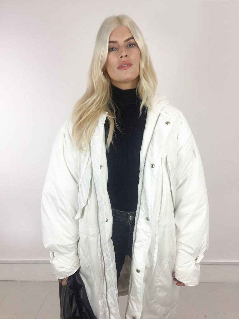 Sample Sale - Sansa White