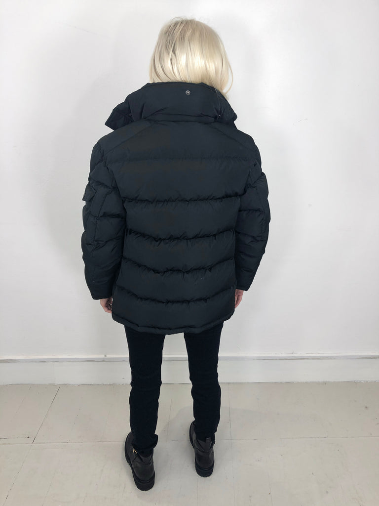 Sample Sale - Alicia Black without hood