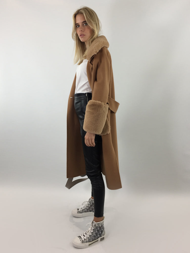 Sample Sale - 100% Camel Wool Coat with Faux Fur