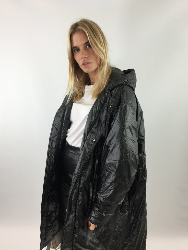 Sample Sale - Sansa Black