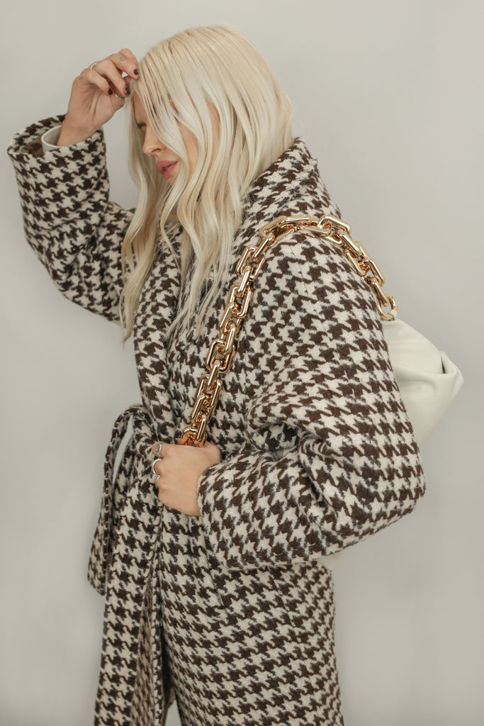 Blaire Chocolate and Cream Houndstooth