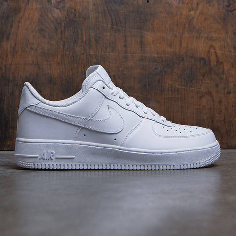 The Difference between Nike Air force 1 and 07 – Dnasamplez