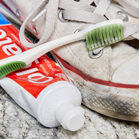 how to clean sneakers soles
