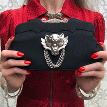 Frisky Lion Clutch