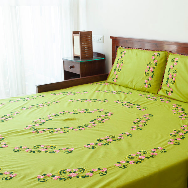 Hand Embroidered Bed Cover - 90x108