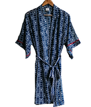 Load image into Gallery viewer, Indigo Abstract Floral Kimono
