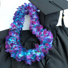 Double Dyed Blue Lei