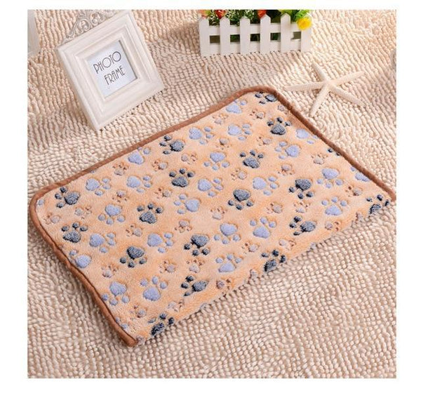Pet Junxion bed Brown paw / 75X100CM Soft Warm Paw Patterned Fleece Blanket