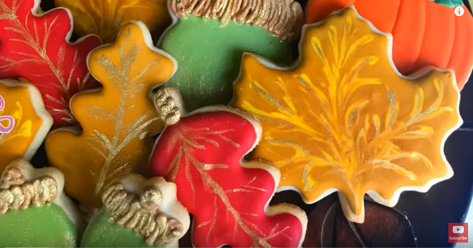 How to Decorate Autumn Cookies