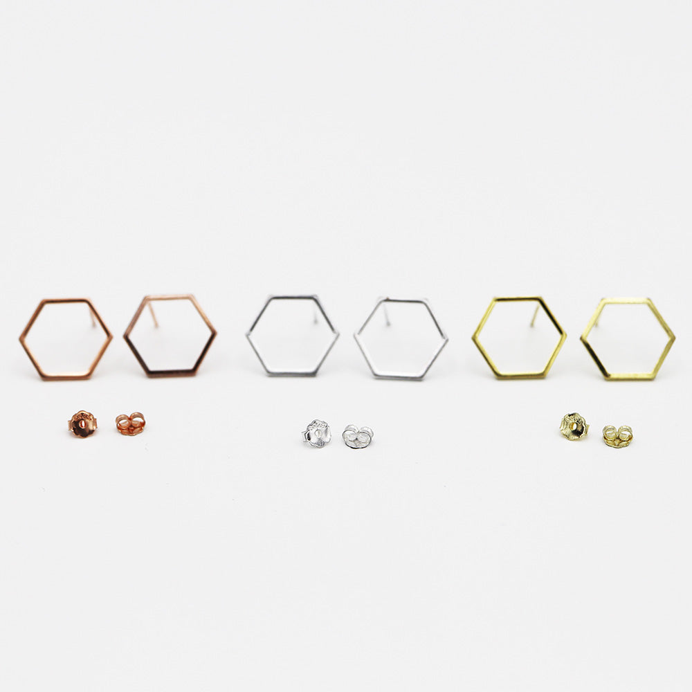 Free Minimalistic Honeycomb Earrings (Free-Bee Friday)