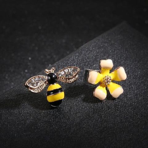 Image of Limited Edition Bee And Flower Earrings