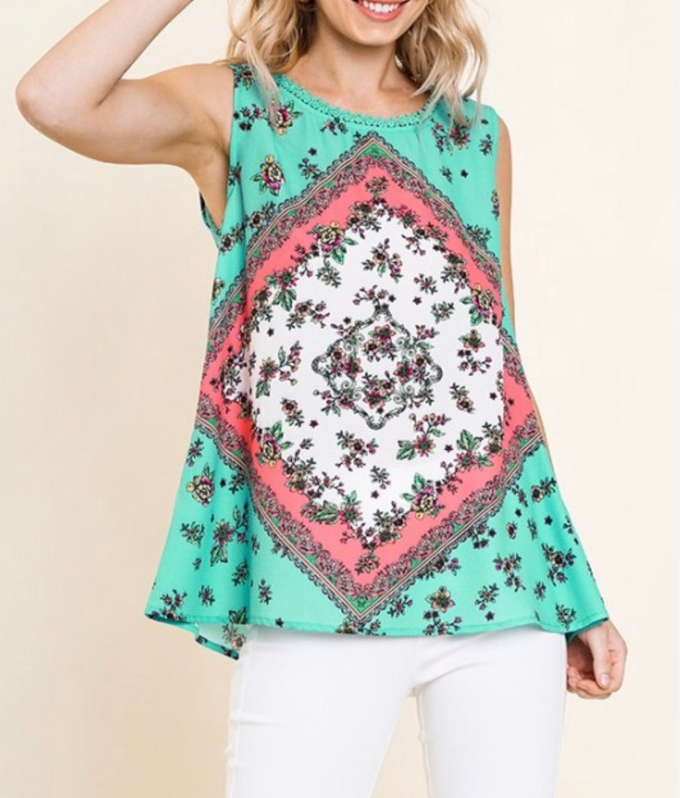 Mint floral tee Umgee