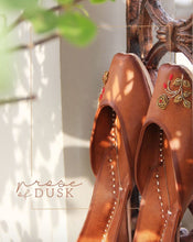 Load image into Gallery viewer, [DIWALI COLLECTION] Prose Of Dusk Juttis