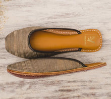 Load image into Gallery viewer, [SURPRISE NEW LAUNCH] Golden Hour Open Back Juttis