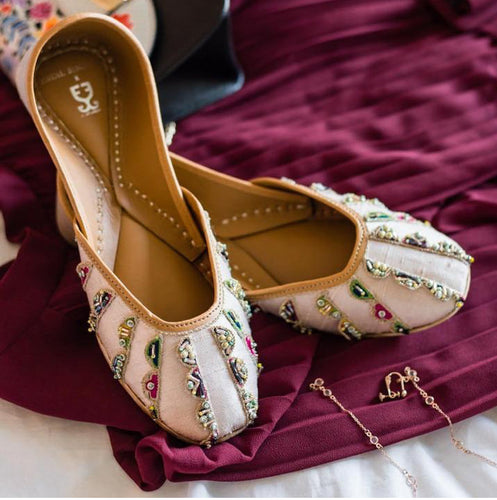 [NEW] Payal Singhal - Date Night Juttis