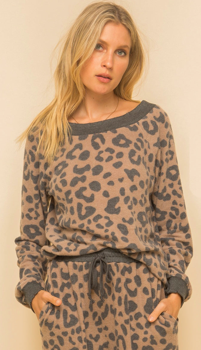 Stay Home Brushed Hacci Leopard Pullover- Taupe/Charcoal