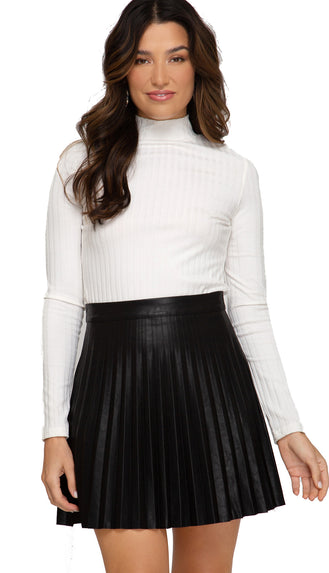 Pleated Leather Mini Skirt- Black
