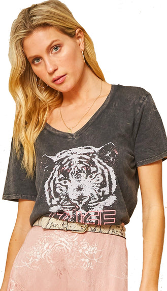 Tiger Muse Mineral Washed Tee- Charcoal