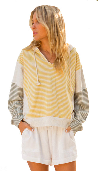 Lake Elsa Pullover Sweater- Yellow/Olive