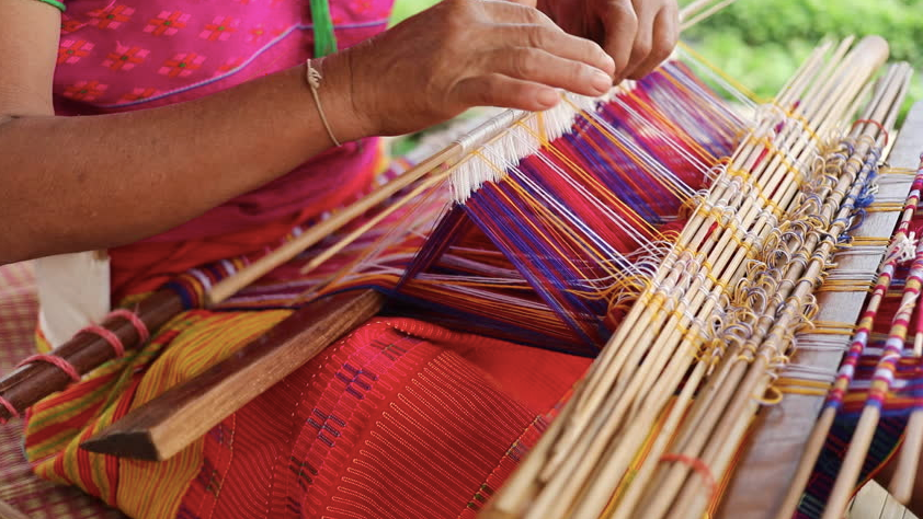 hand weaving photo