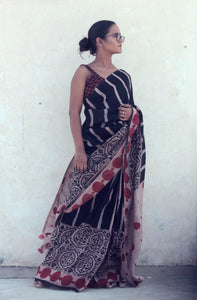 Renée | Black mulberry silk saree
