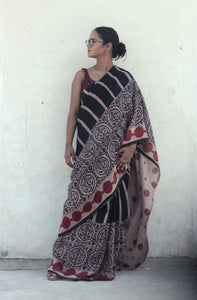 Renée | Black handwoven linen saree