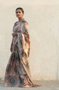 saree model standing latest saree with blouse | sari sari | latest saree designed in India