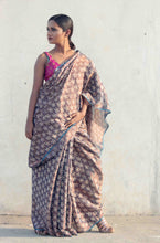 Load image into Gallery viewer, Sulbha | handwoven tissue saree with copper zari and hand block printed floral design