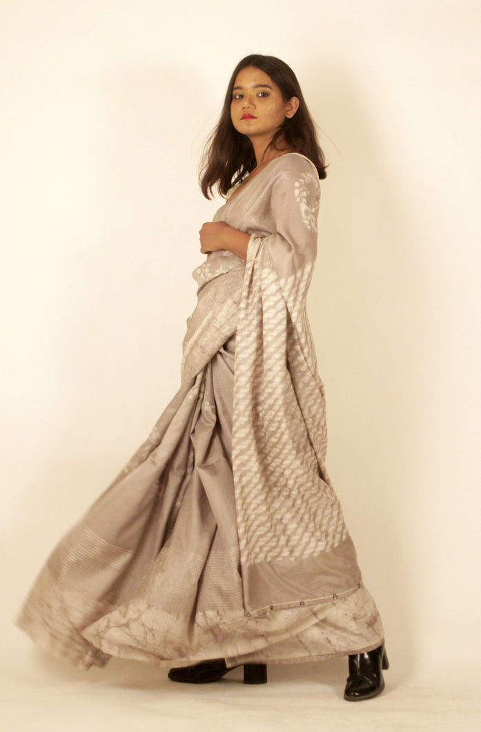 Helen | Mulberry silk saree with dabu print