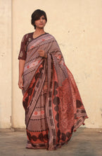 Load image into Gallery viewer, Selena | Pure silk saree with dabu print