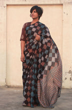 Load image into Gallery viewer, Tulip | Mulberry silk saree with dabu print