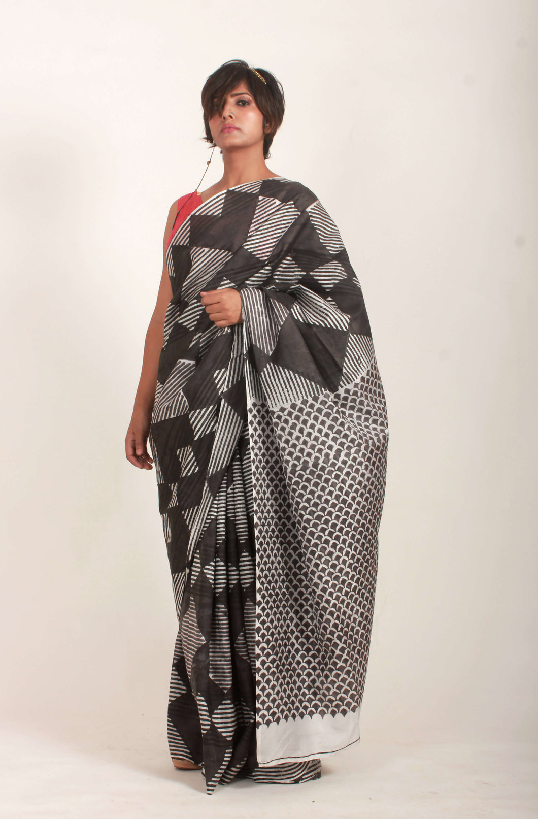 Aimee | Pure mulberry silk saree with block print