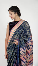 Load image into Gallery viewer, Sharmila | Maheshwari cotton silk saree handblock printed with floral jaal