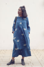 Load image into Gallery viewer, Darcelle's dress | Organic cotton Tunic with Pants with block printed eyes (Set of 2)