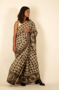 Hazel | Dabu printed pure silk saree