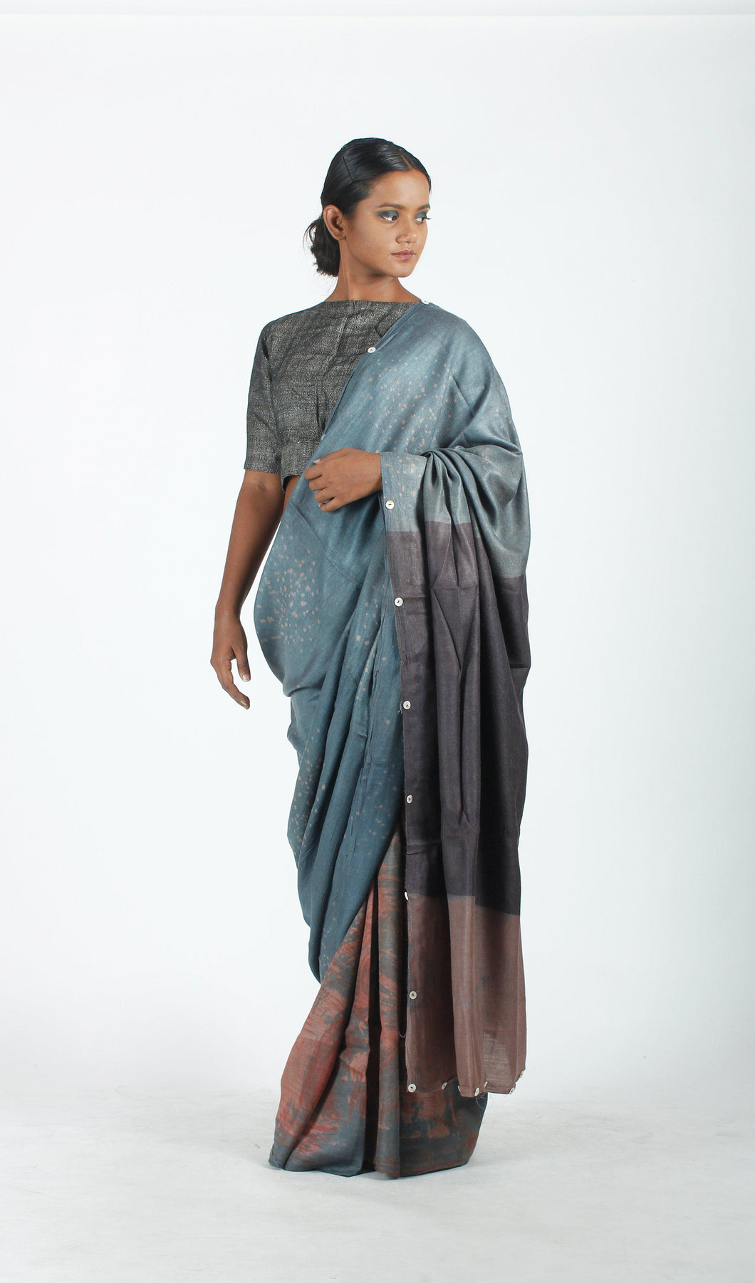 Iniya Saree | Dabu printed tusar silk saree using natural dyes-Resha.in