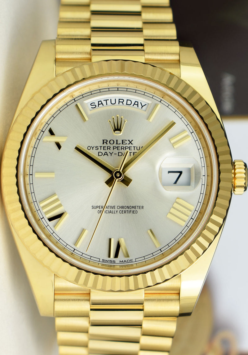 2020 ROLEX Mens 18kt Yellow Gold Day Date 40 President Silver Roman Dial Model 228238