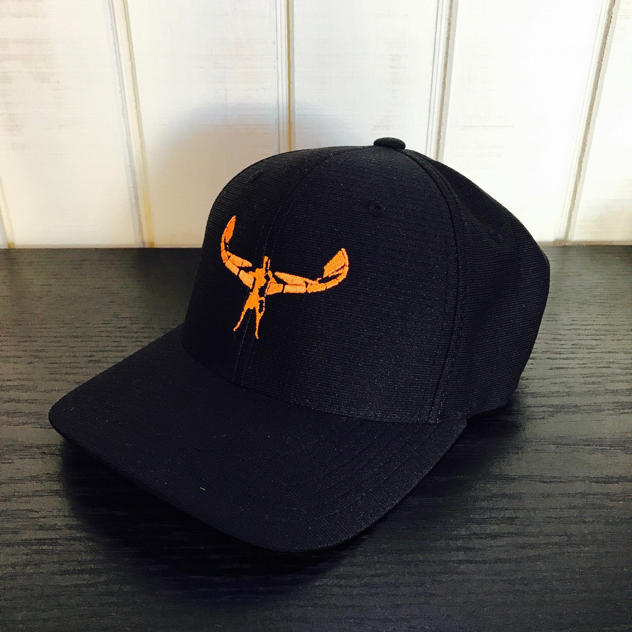 TKS COOL DRY HAT BLACK/ORANGE