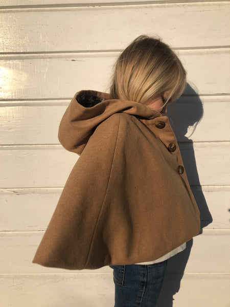 Wool Cape with hood - Camel