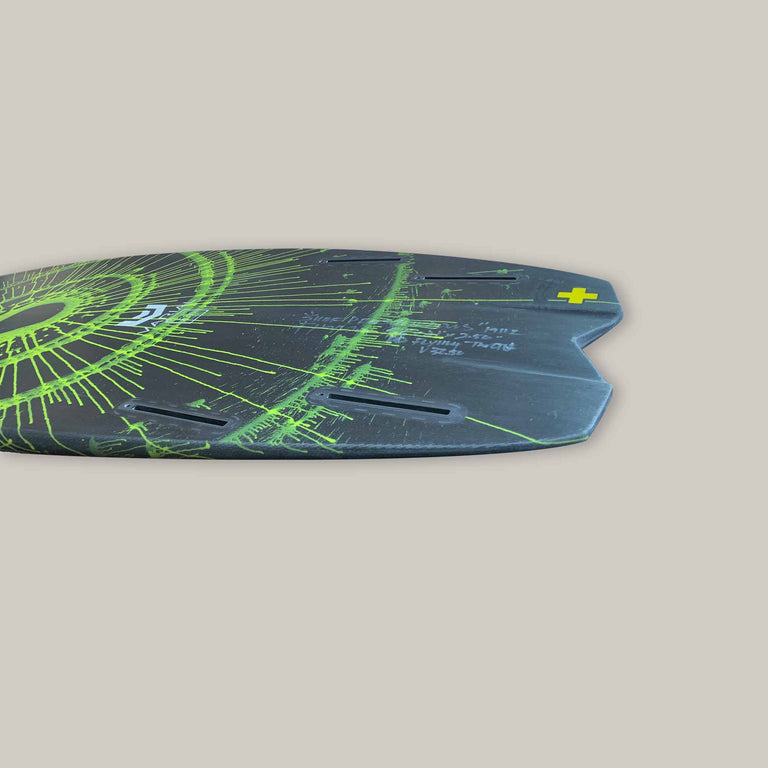 Surfboard side image of deadly flying turtle surfboard tail. Quad fin set up. Futures fin. Varial foam, infused glass surfboard technology for a stronger, lighter, faster surfboard.