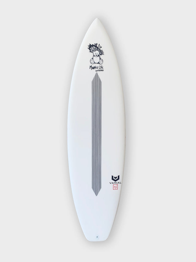 Maurice cole surfboard built with the best surfboard technology varial foam and infused glass. EEV Groveler model 5'9. Carbon surfboard design. 5-fin. Maurice Cole logos.