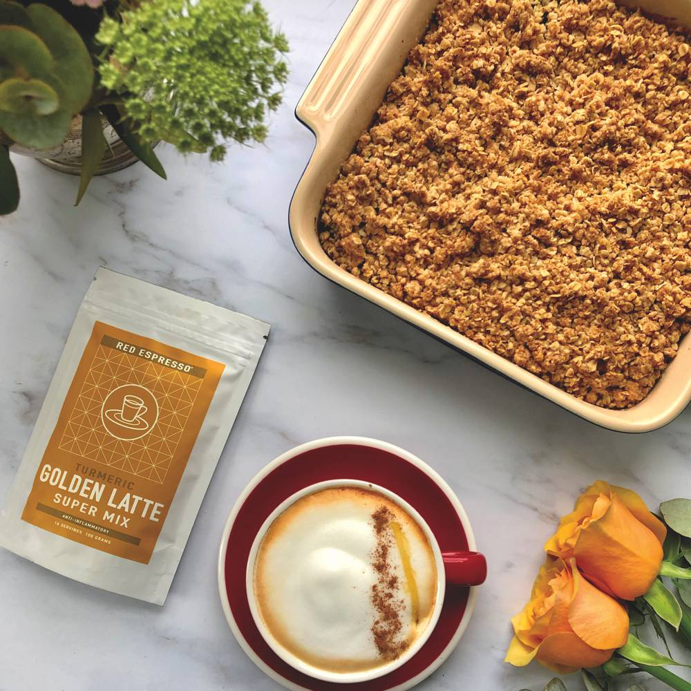Turmeric apple crumble